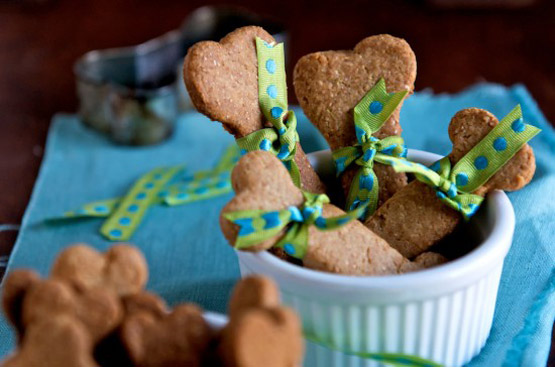 dog-biscuits-recipe-4-550x364